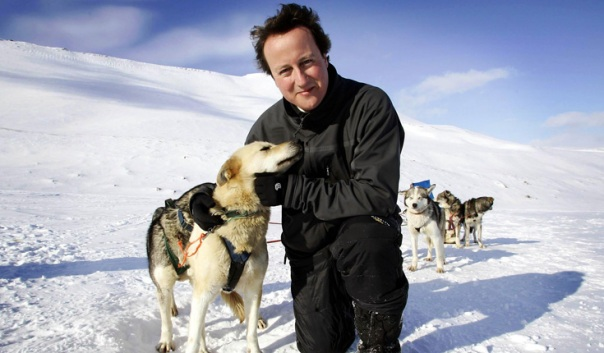 David Cameron bothering a Husky in the halycon days of Warming Alarmism in 2006